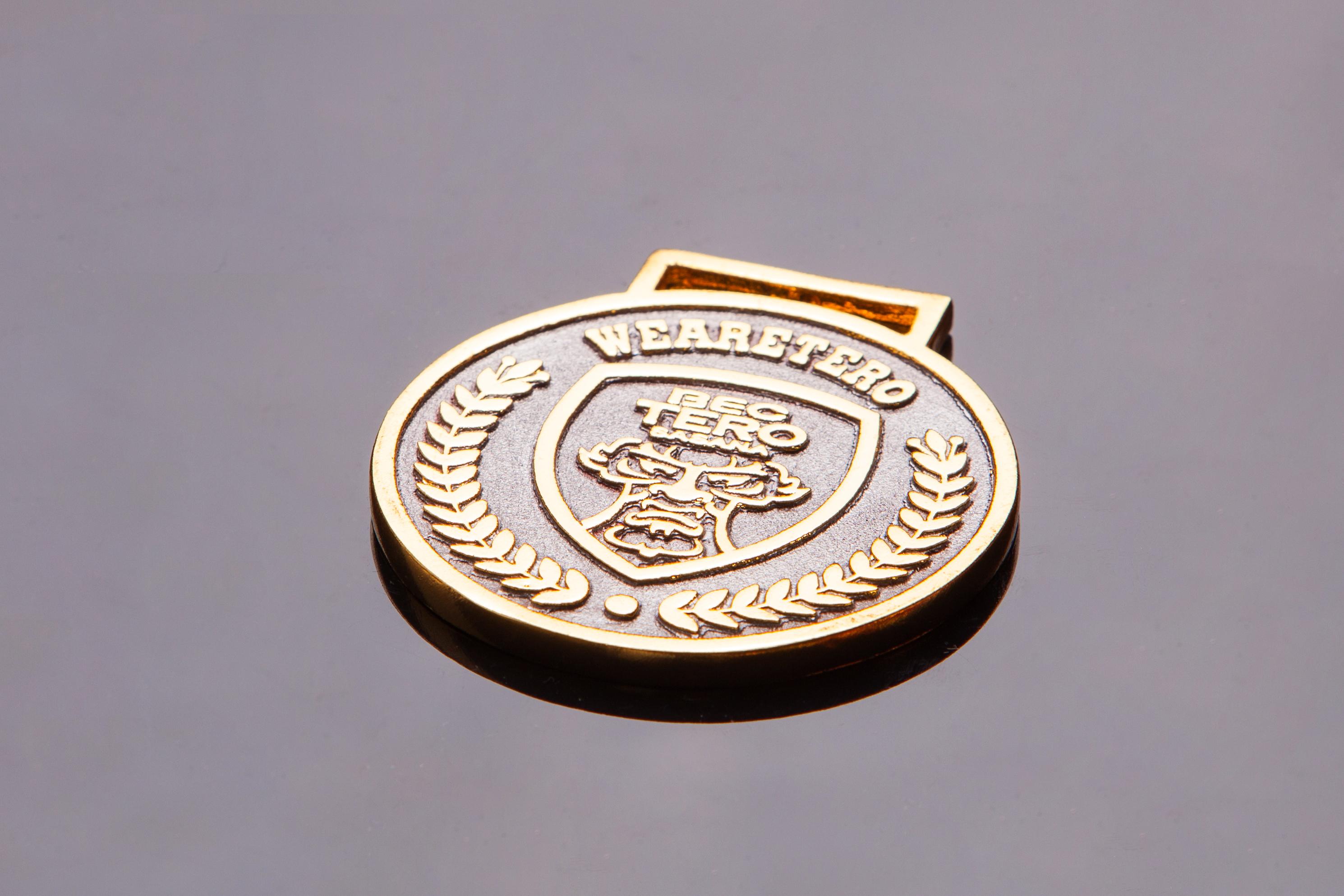 เหรียญตะกั่วสีทอง G005